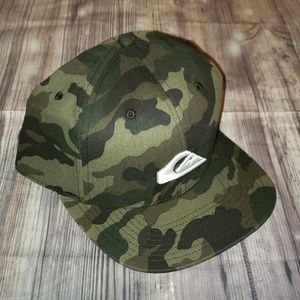 Quiksilver Chompers snap back hat